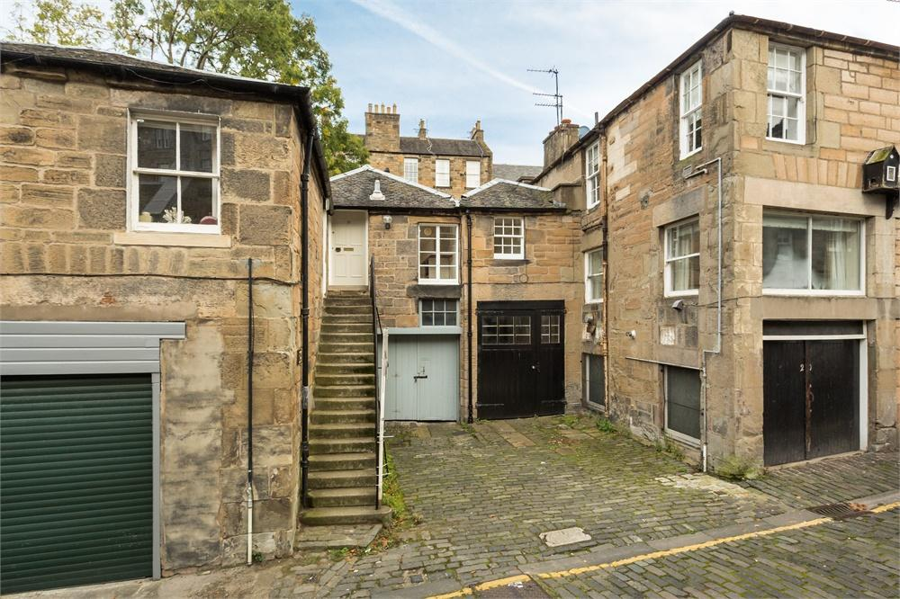 Gloucester Lane, Edinburgh, EH3 6ED
